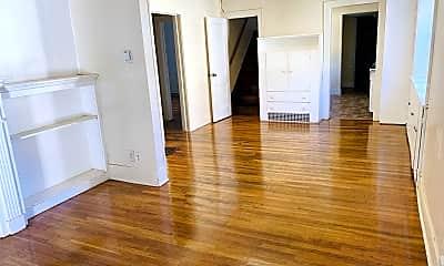 Living Room, 230 Beech St, 2