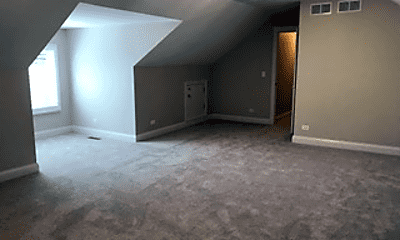 Living Room, 219 S Ewing St, 2