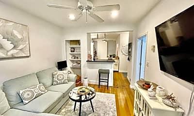 Living Room, 4 Battery St, 1