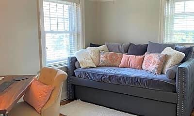Bedroom, 807 W 48th St, 2