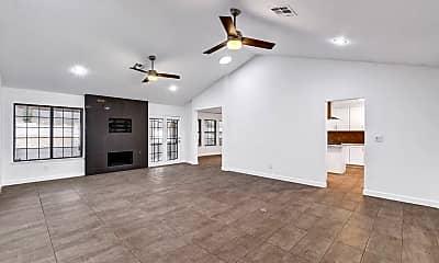 Living Room, 211 Garfield Dr, 1