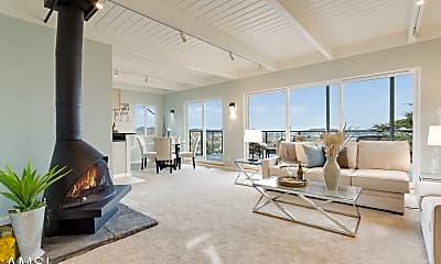 Living Room, 822 Humboldt Rd, 0