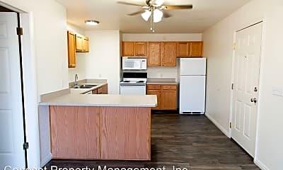 Kitchen, 637 600 E, 1