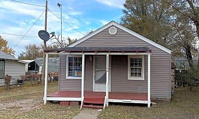 Building, 1112 S Walnut St, 0