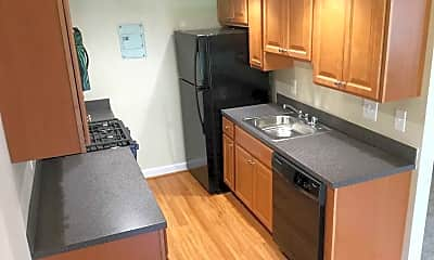 Kitchen, Woodland Grove, 1