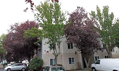Silver Bells Apartments, 2