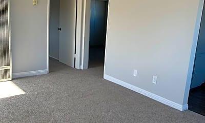 Bedroom, 2621 Ruhland Ave, 1