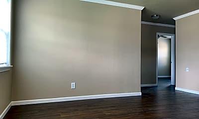 Living Room, 7623 Pecan Villas Dr, 1