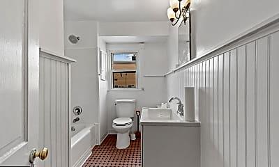Bathroom, 206 N Broadway B, 2