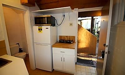 Kitchen, 1008 Tourmaline St, 1