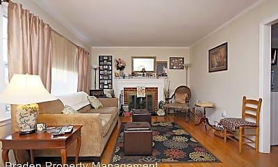 Living Room, 2312 Wakefield Rd, 1