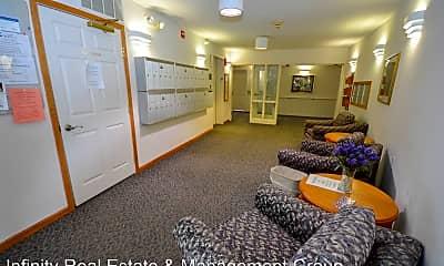 Living Room, 110 4th St NE, 2