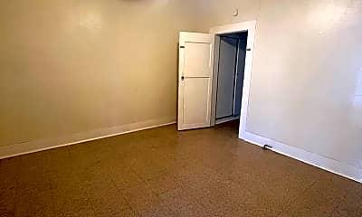 Bedroom, 816 E Carson, 1