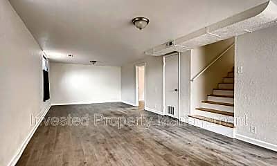 Bedroom, 3691 Glencoe St, 2