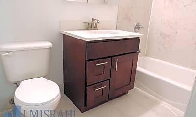 Bathroom, 1160 1st Avenue, 2