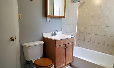 Bathroom, 6730 S Clyde Ave, 2