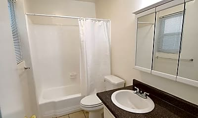 Bathroom, 1600 N Bronson Ave, 2