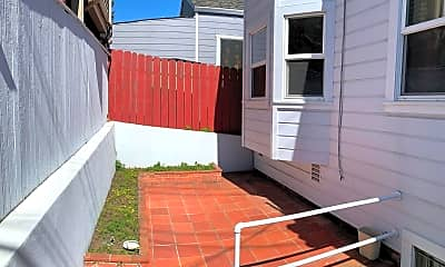 Patio / Deck, 245 Mateo St, 2