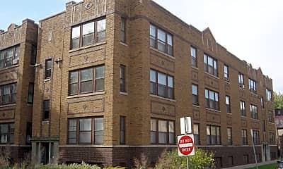 Building, 3854 N Leavitt St, 1