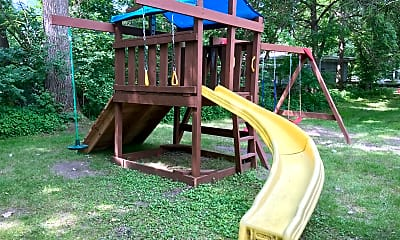 Playground, 334 4th St N, 1