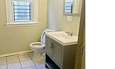 Bathroom, 83 22nd St, 1