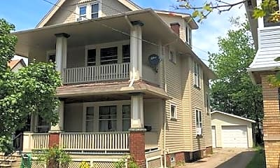 Building, 1553 Winton Ave 3, 0