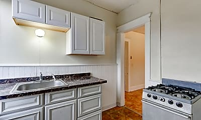 Kitchen, Carriage House Square, 1