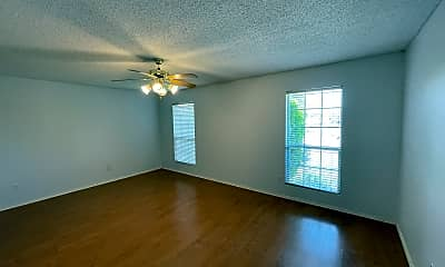 Living Room, 5417 Cedar Elm Dr, 2