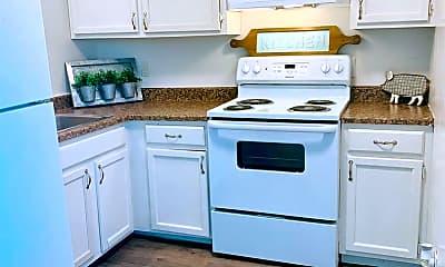 Kitchen, 2004 W McCormick St, 1