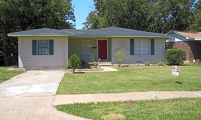Building, 1315 Richard St, 0
