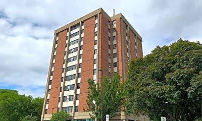 Danforth Tower East, 2