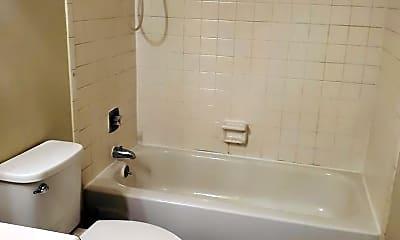 Bathroom, 640 Taylor Rd, 1