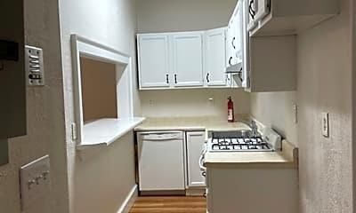 Kitchen, 26 Broadway, 2