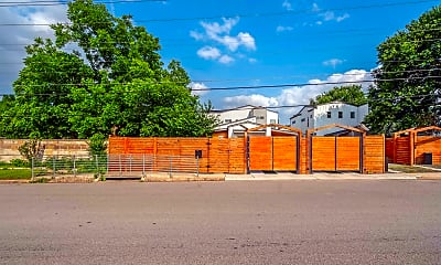 Building, 4313 Banister Ln, 2
