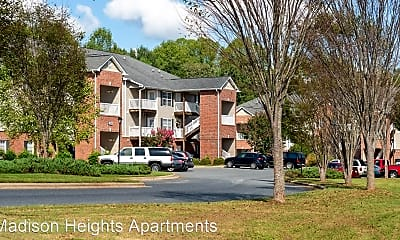 Building, 2276 N Fayetteville St, 1