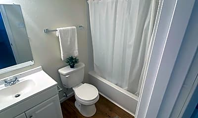 Bathroom, 837 SW Tyler St, 2