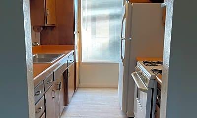 Kitchen, 615 Kern St, 1