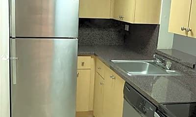Kitchen, 1740 NW N River Dr 323, 1