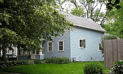 Building, 409 Iowa St, 0