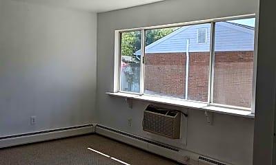 Living Room, 2740 South Rd B2, 0