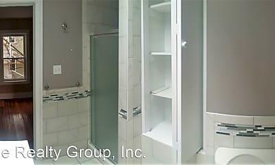 Bathroom, 340 Sloan St, 2