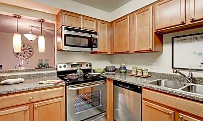 Kitchen, Advenir at French Quarter, 0