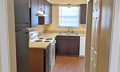 Kitchen, 936 Southmoor Dr 938, 1