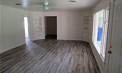 Living Room, 402 Hill St B, 1