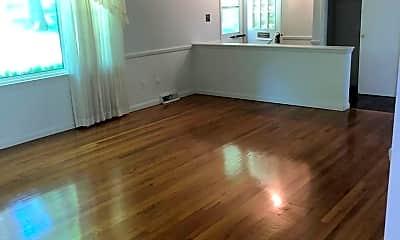 Living Room, 117 Acorn Dr, 1