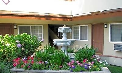 Courtyard, Paseo Gardens, 0