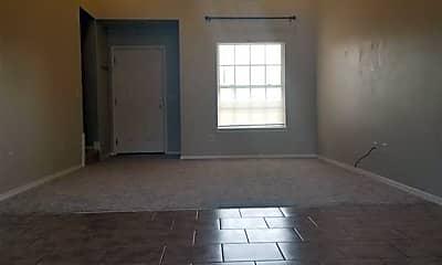 Living Room, 3304 SW Deerfield Blvd 1, 1