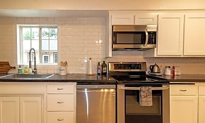 Kitchen, 720 10th Ave SE, 1