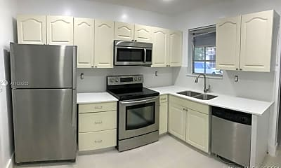Kitchen, 730 Benevento Ave 730, 1