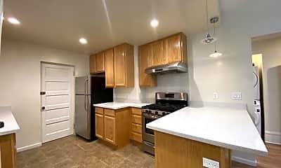 Kitchen, 1541 Larkin St, 0